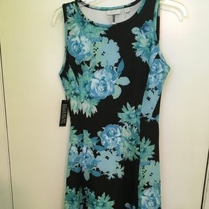 Blue green black floral dress stretchy - brand new